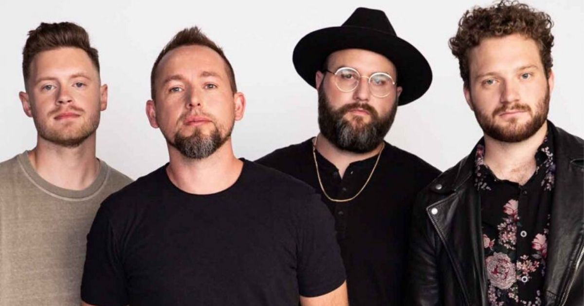 band photo of we are messengers